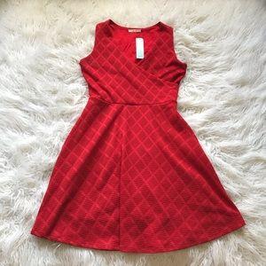 🆕Le Lis Avelene Textured Knit Dress Red